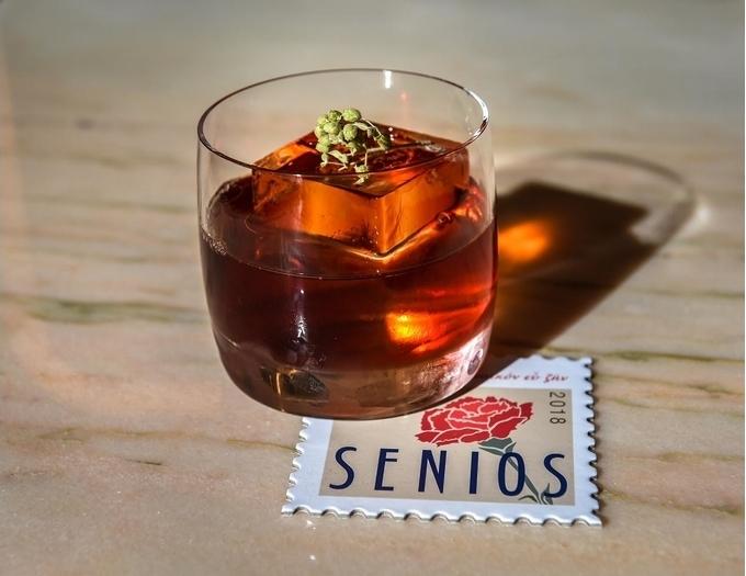 Senios Café Bar image 6