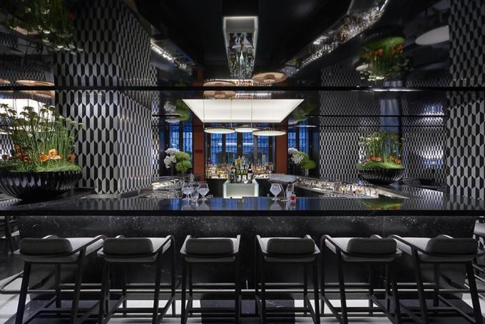 Mandarin Bar & Bistrot image 1