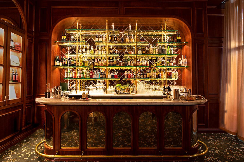 Papillon & Sophie's Bars at Bank Hotel image 1