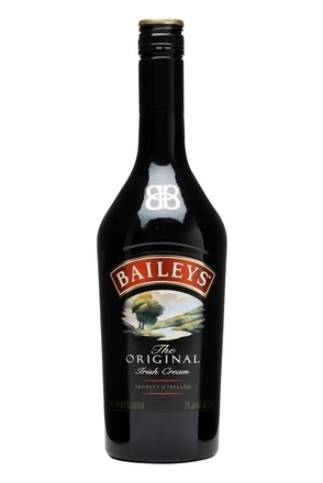 Baileys Irish cream liqueur  image