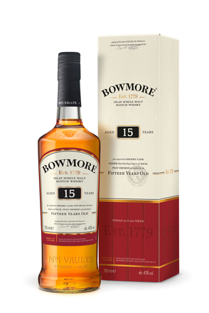 Bowmore 15 Year Old image