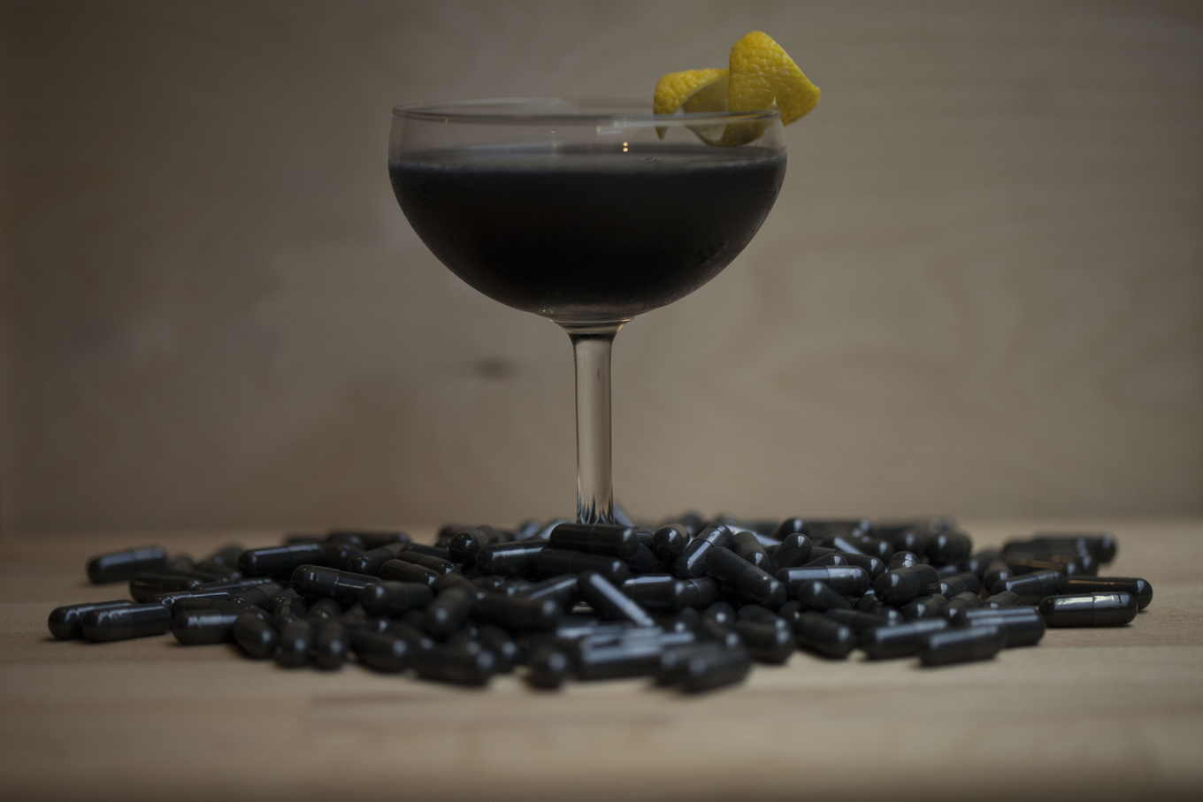 Activated charcoal in cocktails image 1