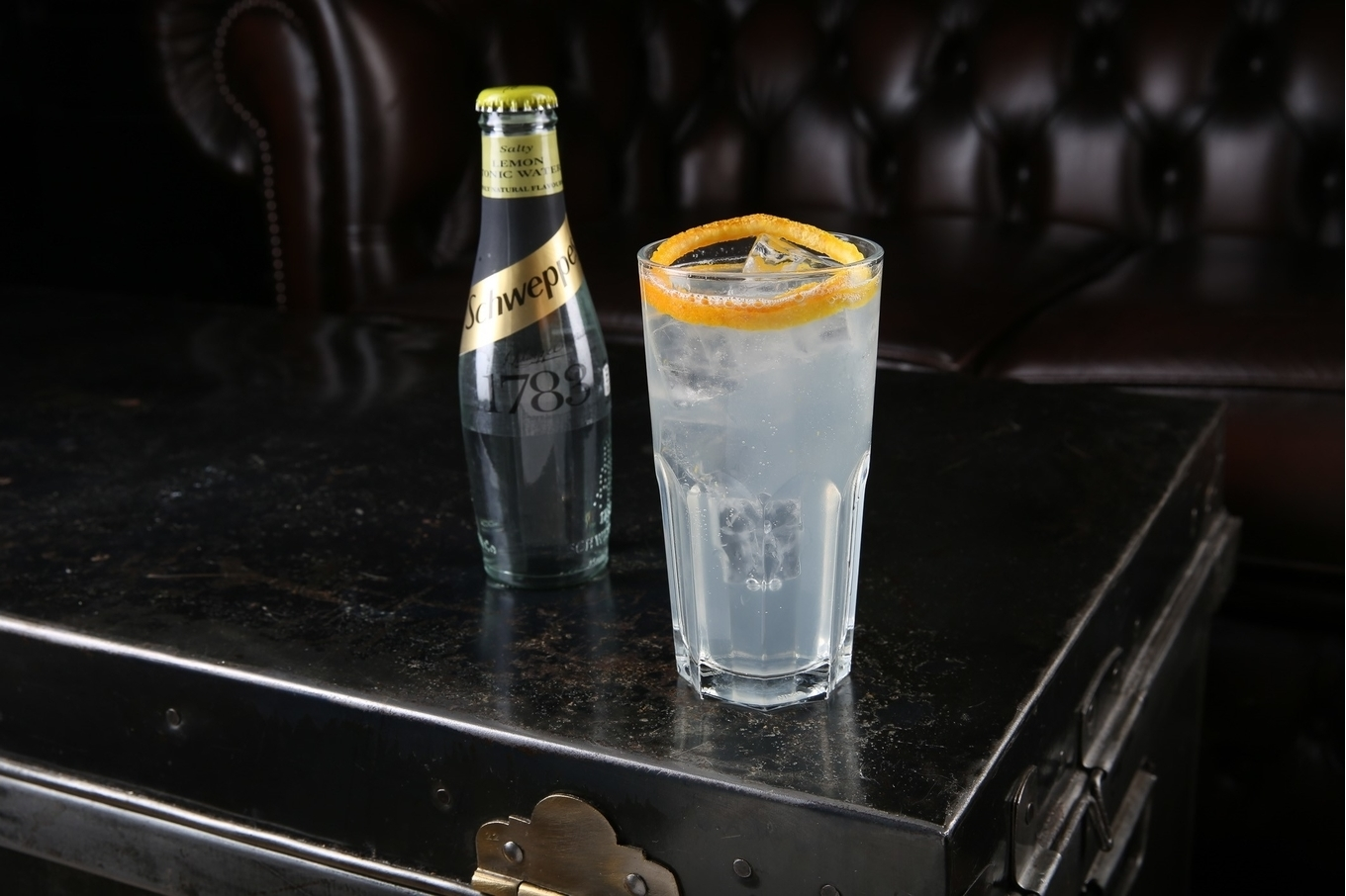 Highballing classic cocktails with Schweppes image 3