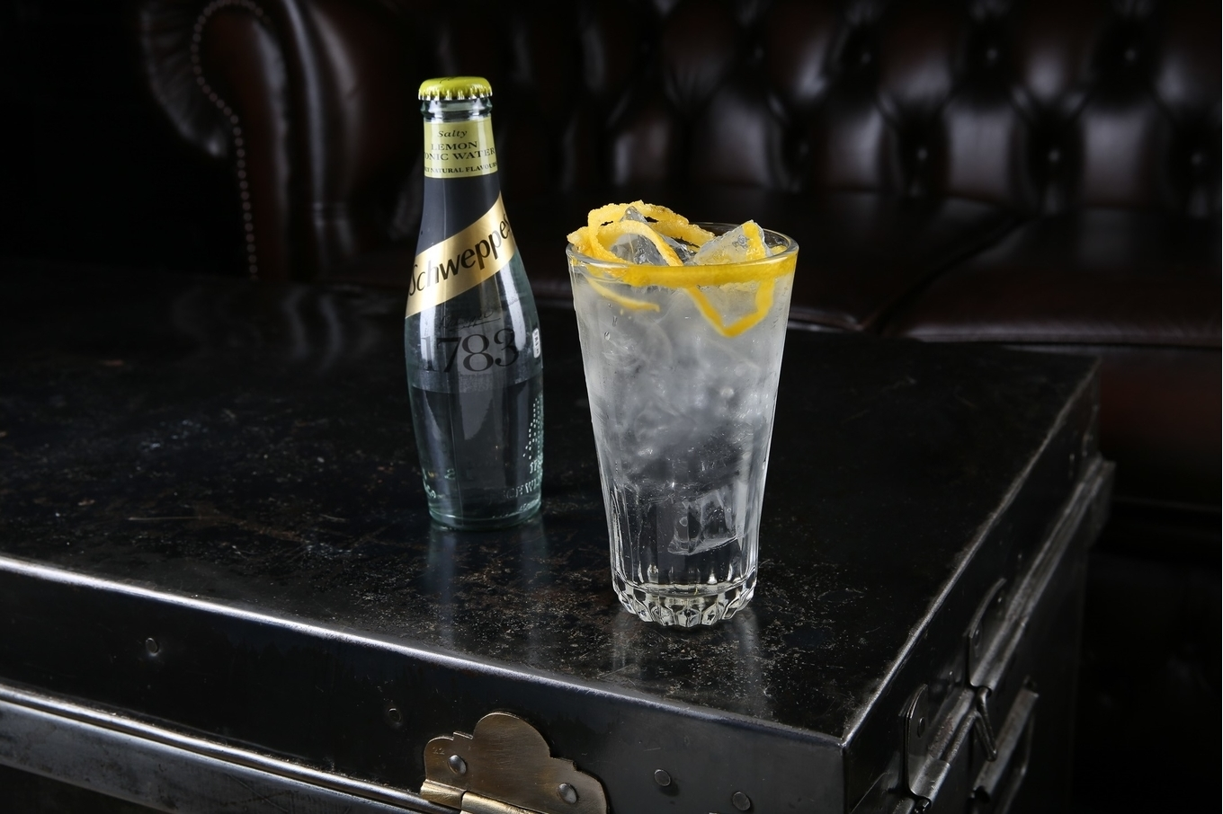 Highballing classic cocktails with Schweppes image 4