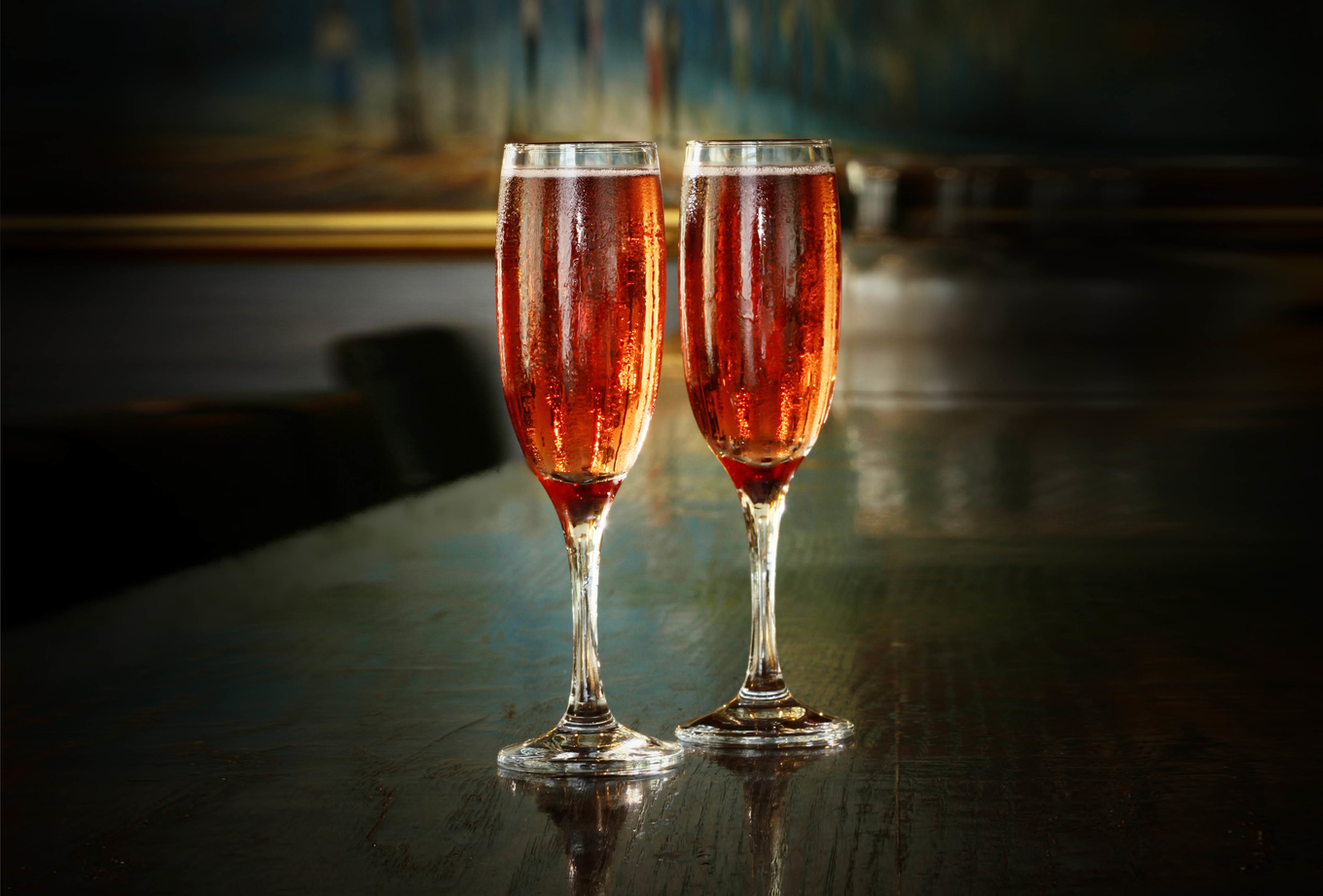 Kir and Kir Royale cocktail image 1