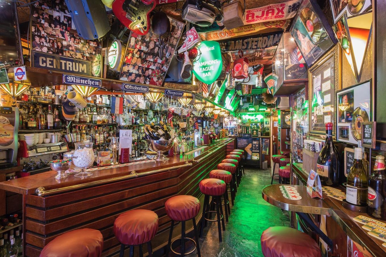 Amsterdam's proeflokaalen & brown cafés image 1