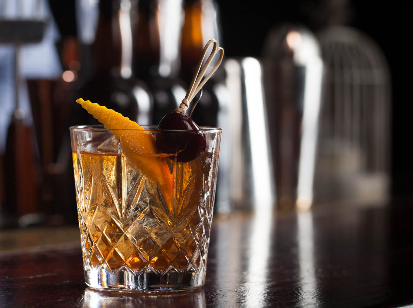 Old Fashioned cocktail image 1