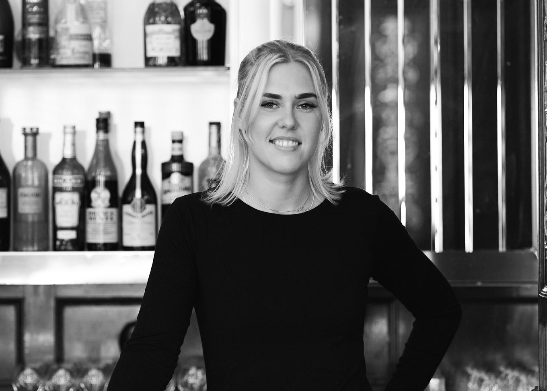 Hanna Oscarsson, Cadier Bar image 1