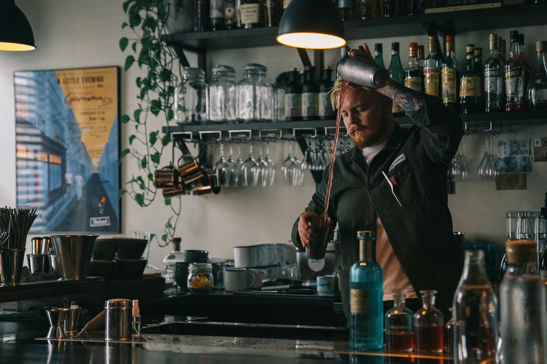 Oscar Drigoris, A bar called Gemma image 1