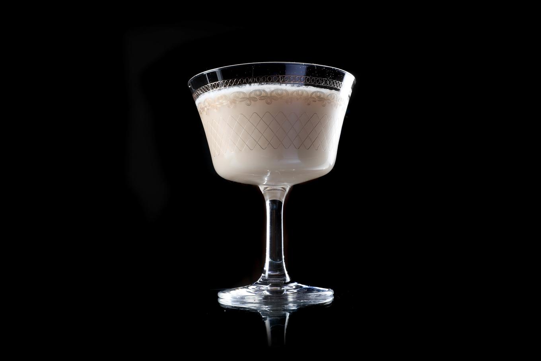 Alexander cocktail image 1