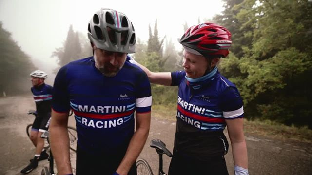 What a year! As we say farewell to 2019, we wanted to re-live some of the amazing moments from this year's La Classica. ????#TB to Day 1, where riders tackled rain and some intense hill climbs. #EarnYourStripes    Video: @_mnfilm @italybiketours @raphacustom  #martiniracingciclismo #martiniracing #martini #earnyourstripes #makebitterchoices #laclassica #healthyhospo #bartending #bartenderlife #bartender #barlife #mixologist #hospolife #hospitality #drinksindustry  #lifebehindbars #cyclingculture #stravacycling #cyclegram #ciclismo #fromwhereiride #cyclistlife #outsideisfree #cyclingpics #stravaphoto 