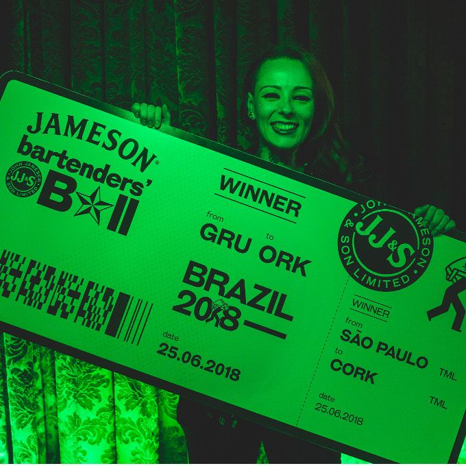 Stephanie Marinkovic é campeã do Bartender's Ball image 1