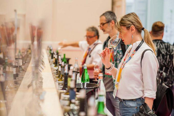 Οινόραμα: Η σπουδαία έκθεση κρασιού επιστρέφει image 1