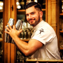 Four bartenders on responsible drinking image