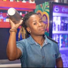 Bartenders em Casa - Hericka Oliver image
