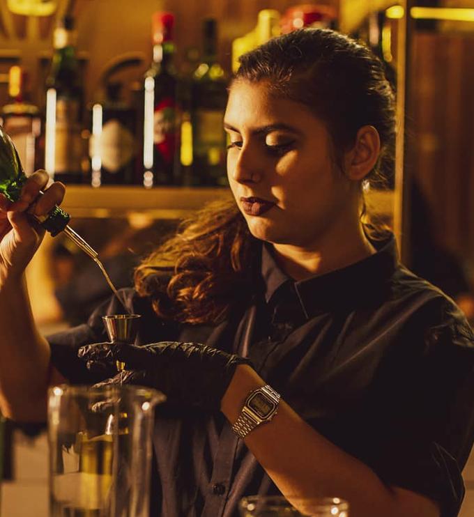 Bartenders em Casa - Mirela Mota image 1