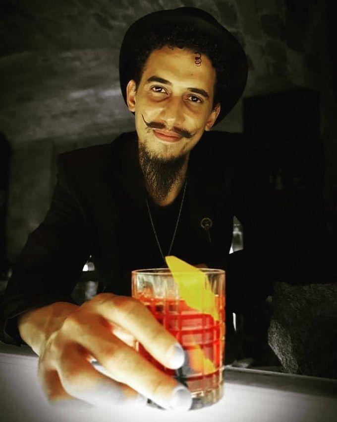 Bartender em Casa - Vitor Demion image 1