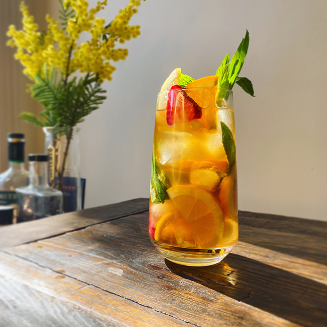 19 Best No-Equipment Cocktails image