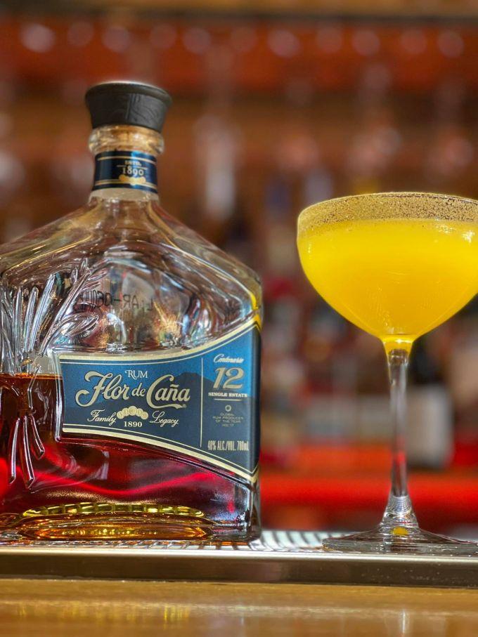 Zero Waste cocktails με Flor de Cana σε 7 bar image 1
