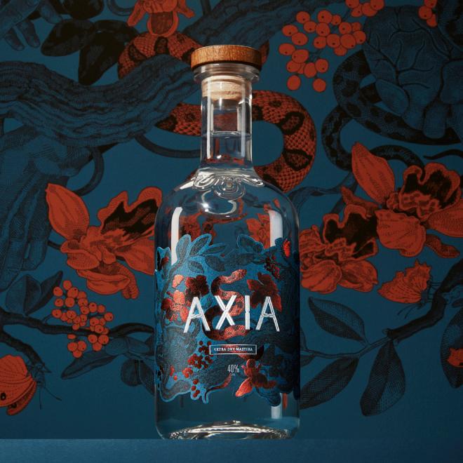 Axia: Έφτασε το πρώτο extra dry απόσταγμα μαστίχας image