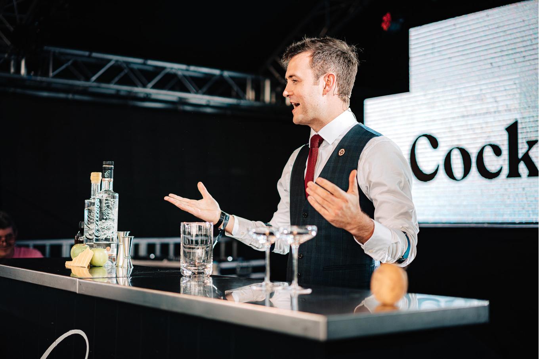 Bar entrepreneur image 10