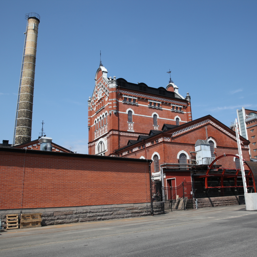 Where is the Absolut distillery? image