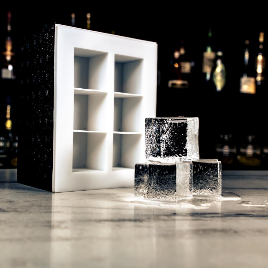 Ice Forward Clear Ice Box image