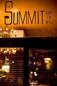 Summit Bar image 6