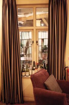 Hotel Du Vin Bar image 7