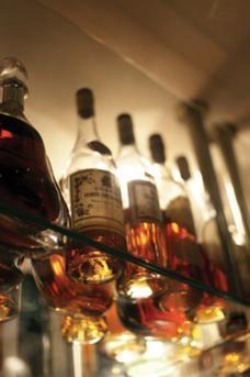 Hotel Du Vin Bar image 9