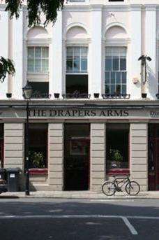 The Draper's Arms image 4