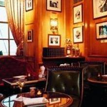 Bar Hemingway image