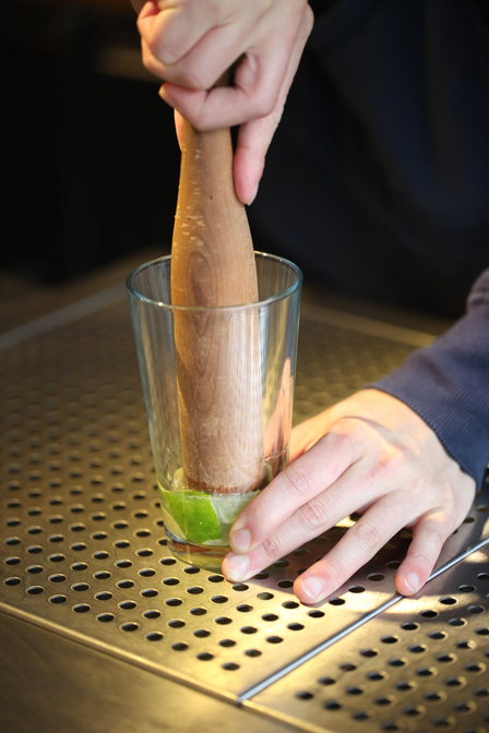 How to muddle a cocktail image 2