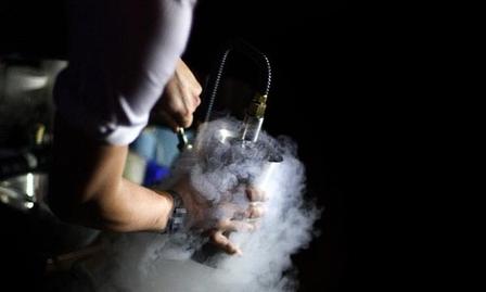 Debate: Mixologist or Bartender image 1