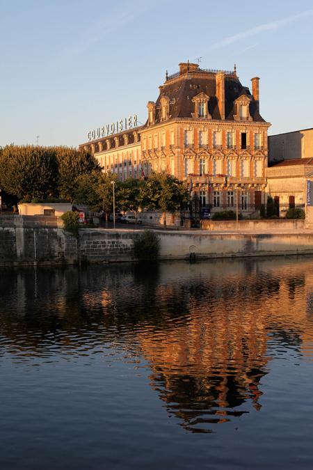 Courvoisier S.A. image 47