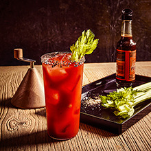 Bloody Mary cocktails - how to make & history image