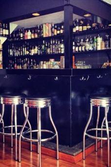 Old Fashioned Bar image 4