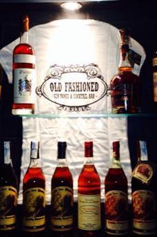 Old Fashioned Bar image 1