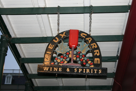 New Orleans city & bar guide image 12
