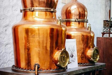 Distillerie Henri-Louis Pernod (Caves Byrrh) image 18