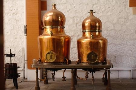 Distillerie Henri-Louis Pernod (Caves Byrrh) image 13