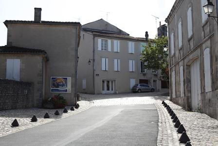 Cognac region & sub regions image 15