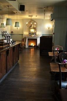 The Albion pub image