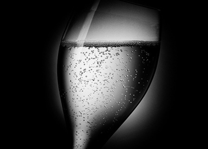 Classic Champagne Cocktail - recipes & history image 1