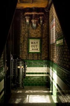 Whitechapel Gin Bar image 8