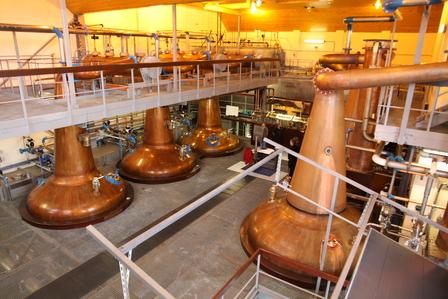 Single Malt Scotch Whisky Production 7. - Distillation image 17