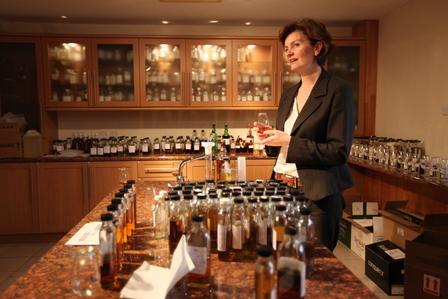 Single Malt Scotch Whisky Production 9. - Blending image 1