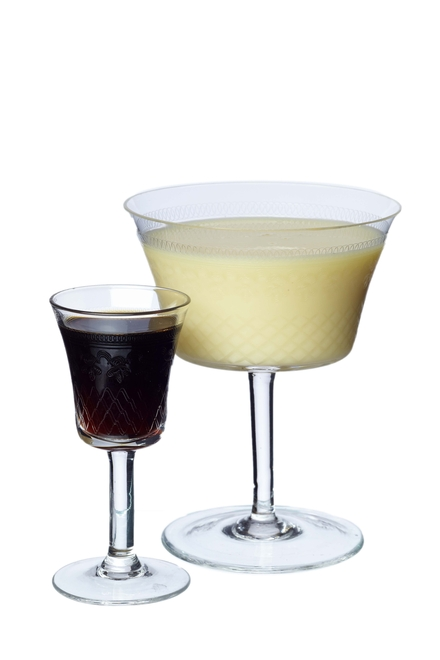 Christmas Pudding & Custard Cocktail image