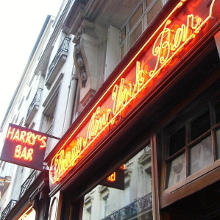 MacElhone bought Europe's oldest cocktail bar this day image