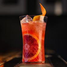 Coquetéis com com suco de laranja sanguínea image